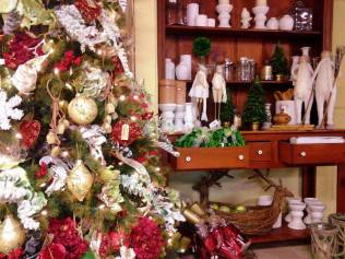 Christmas Decor & Decorating Services